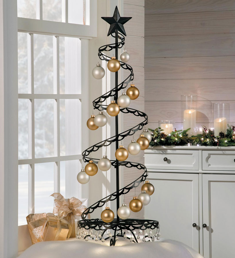 Christmas Decorating Ideas-Small Spaces-How To Display Ornaments-Spiral Tree
