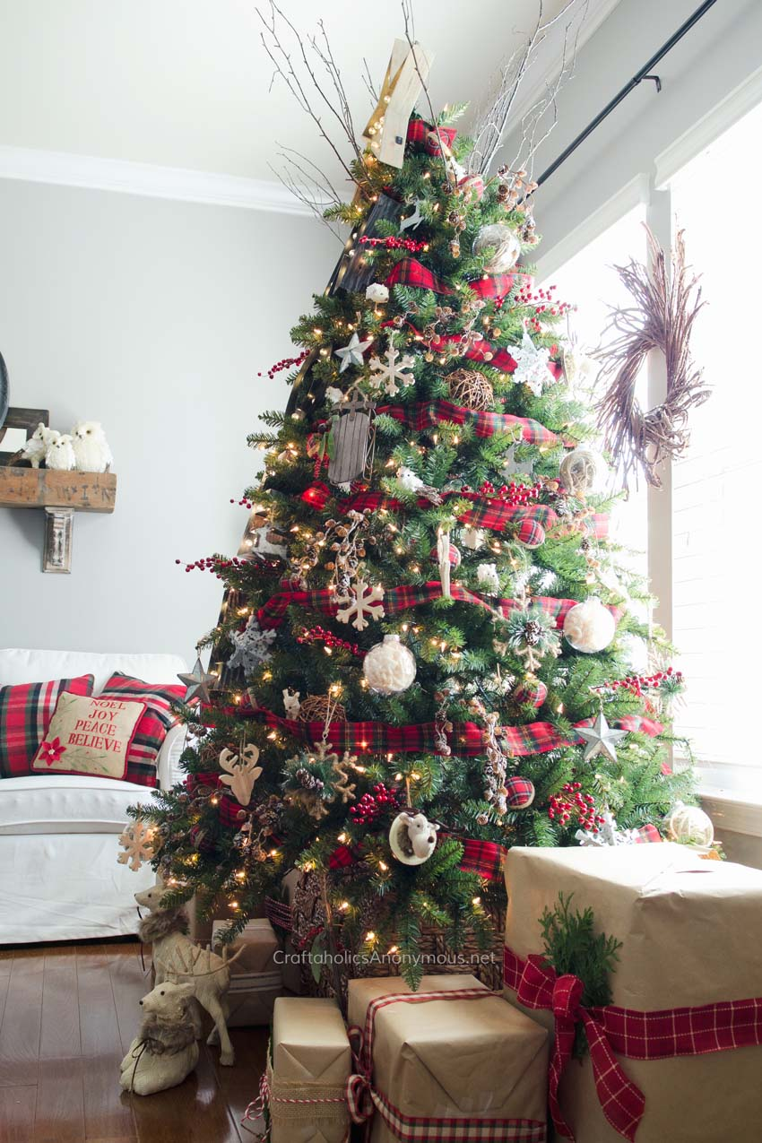 christmas-decor-ideas-rustic-country-31-1-kindesign