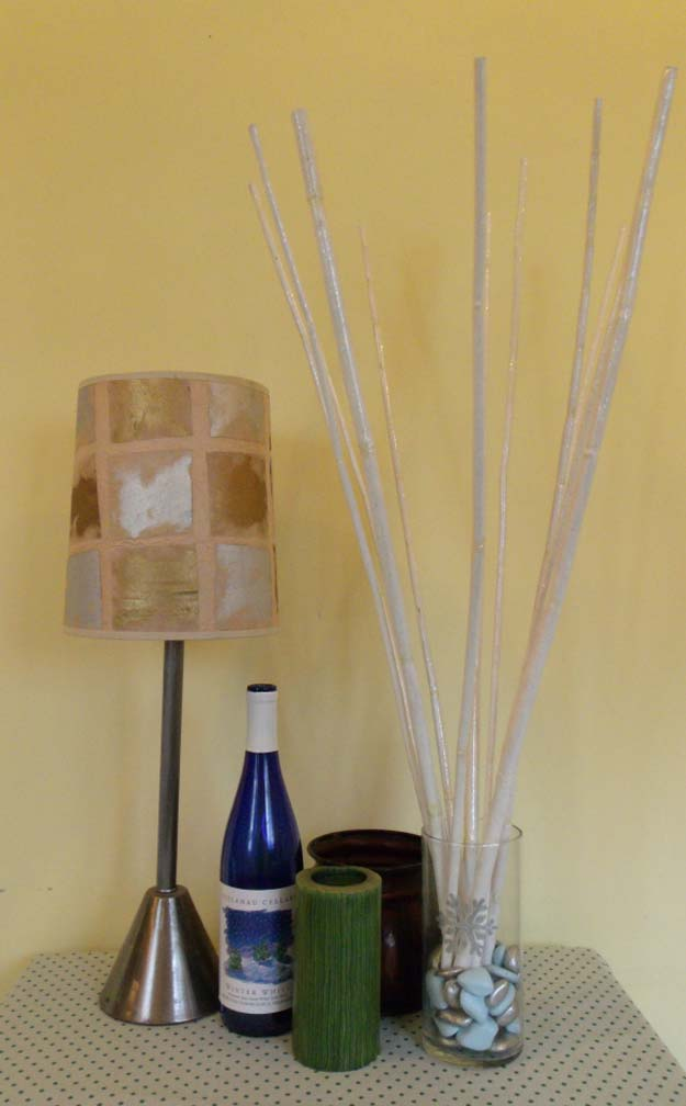 Gold DIY Projects and Crafts - Make a Wintery Bamboo Bouquet - Easy Room Decor, Wall Art and Accesories in Gold - Spray Paint, Painted Ideas, Creative and Cheap Home Decor - Projects and Crafts for Teens, Apartments, Adults and Teenagers http://diyprojectsforteens.com/diy-projects-gold