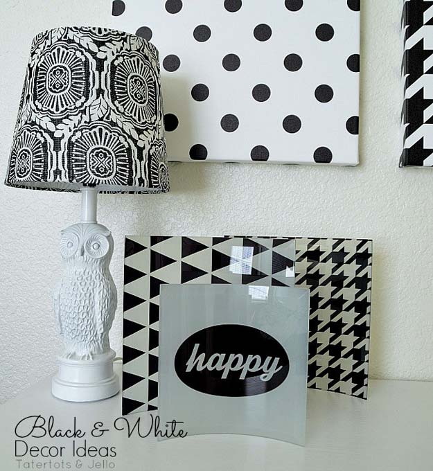 DIY Room Decor Ideas in Black and White - Black and White Wall Art - Creative Home Decor and Room Accessories - Cheap and Easy Projects and Crafts for Wall Art, Bedding, Pillows, Rugs and Lighting - Fun Ideas and Projects for Teens, Apartments, Adutls and Teenagers http://diyprojectsforteens.com/diy-decor-black-white
