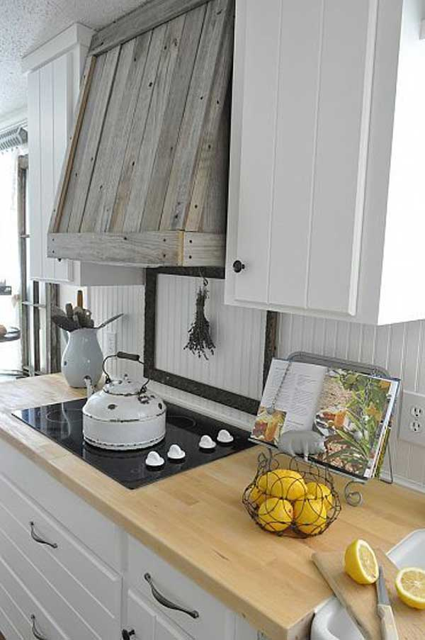 #17 SCANDINAVIAN DESIGN WITH WOODEN HOOD