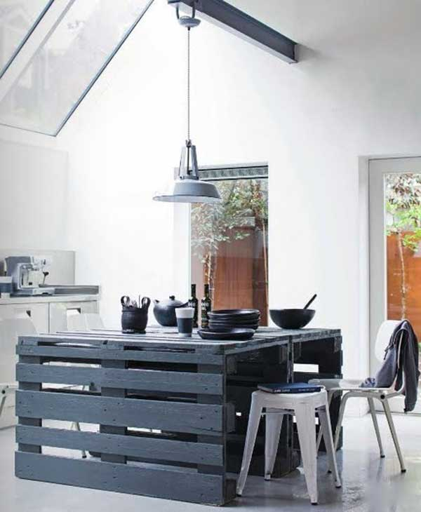 #4 WOODEN PALLET KITCHEN ISLE DOUBLING AS DINNING TABLE