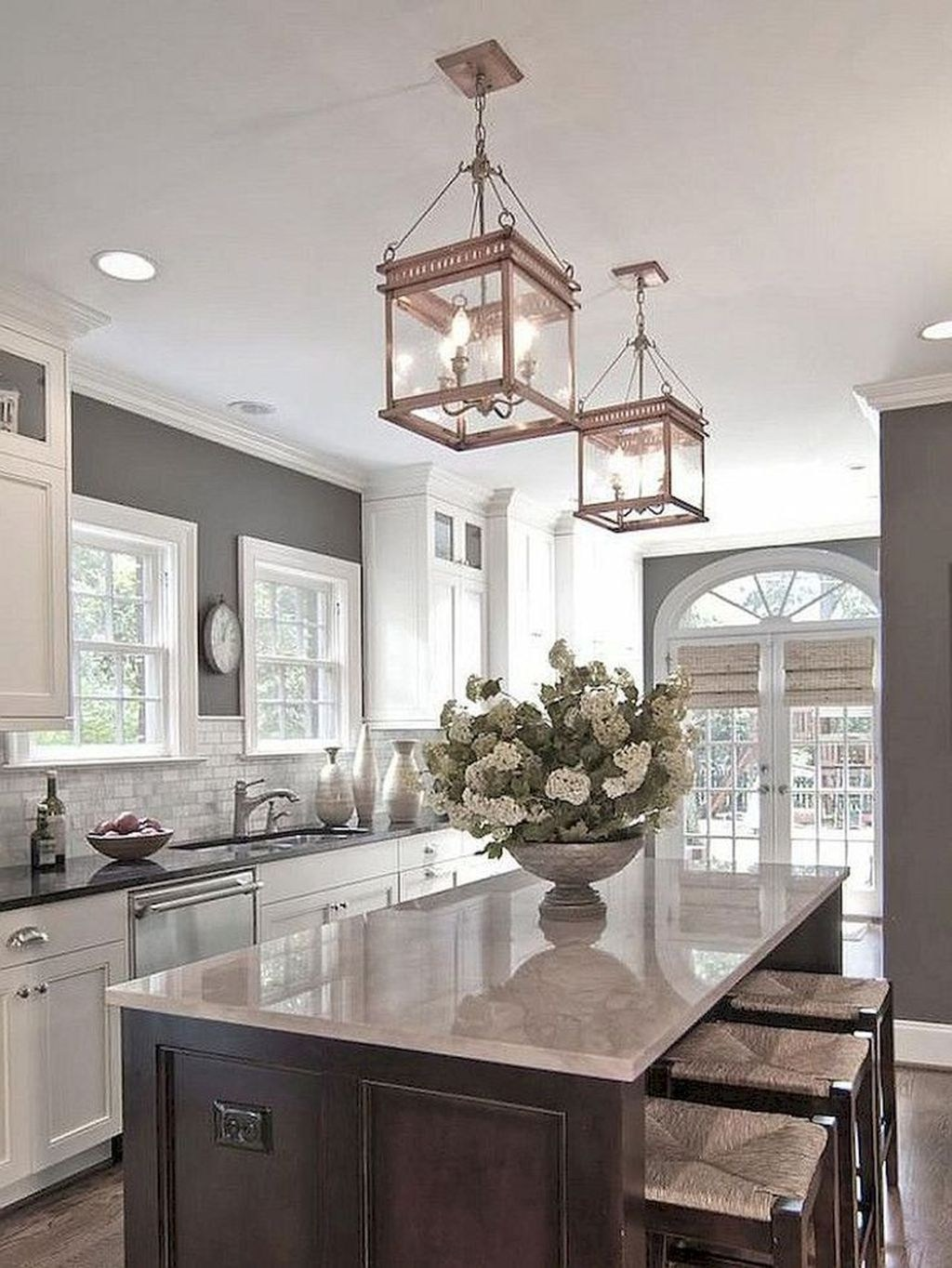 Beautiful Farmhouse Kitchen Decor Ideas 34