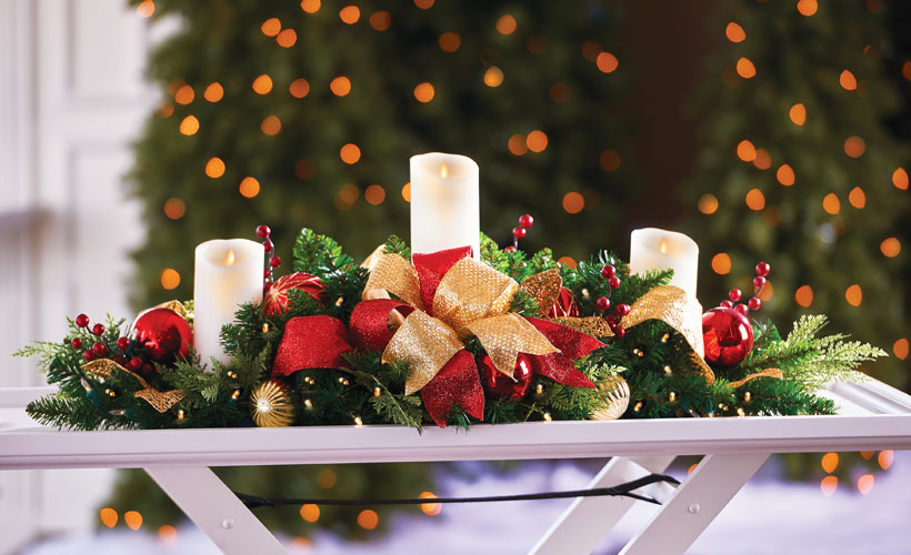 How to Decorate a Small Spaces for Christmas-Centerpiece