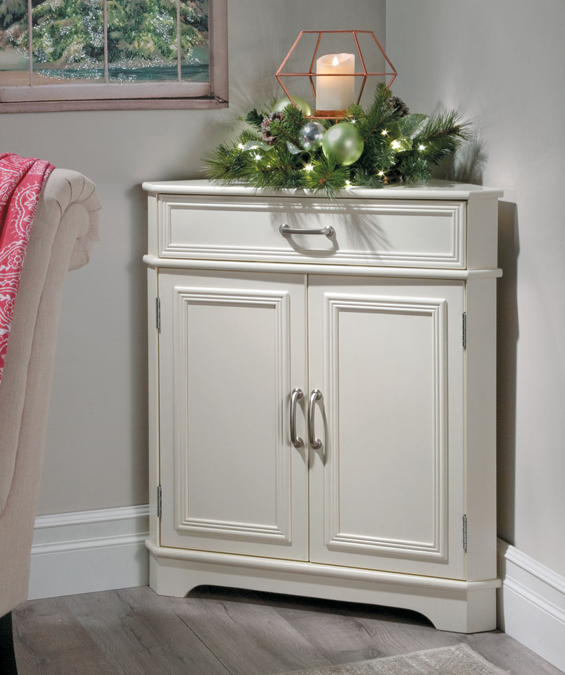 Mantel Decorating Ideas: How To Fake a Mantel-Corner Cabinet