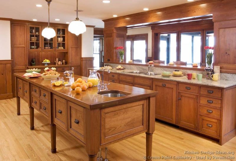 Shaker Kitchen in Cherry Wood with a Furniture Style Island