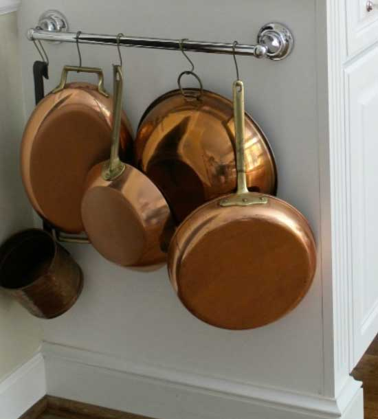 Pan Storage Display | Inexpensive Kitchen Decorating Ideas | Easy Kitchen Decor Ideas