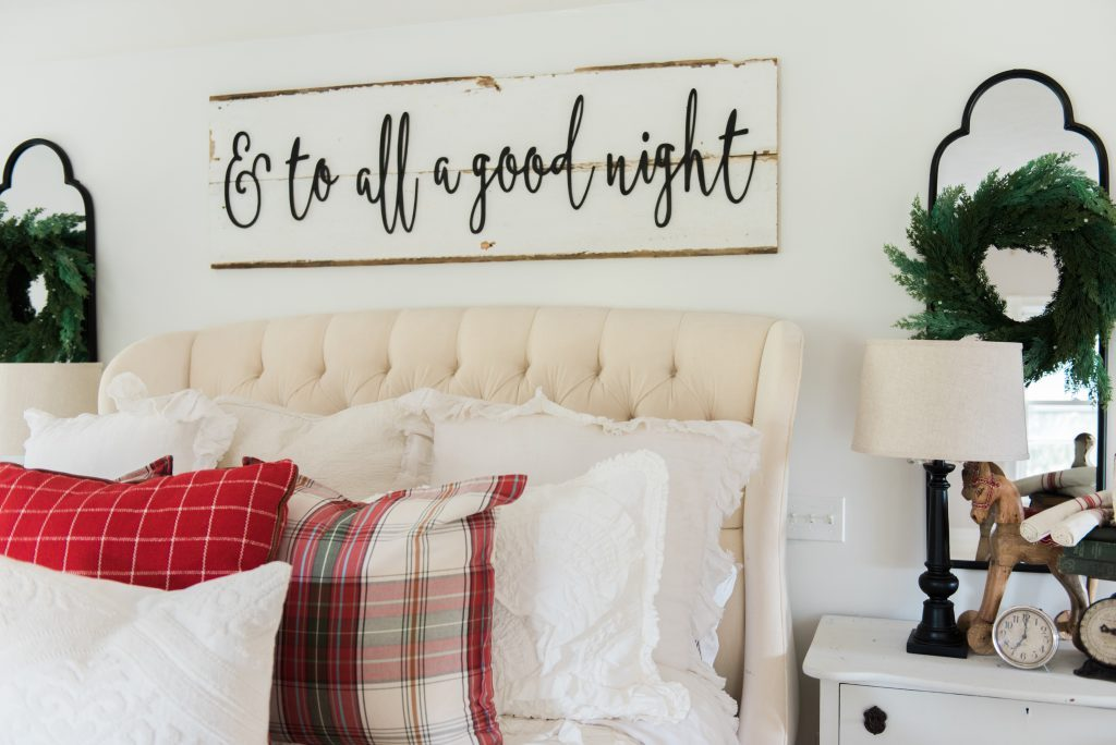 Cozy cheerful farmhouse Christmas bedroom - A must pin for farmhouse & cottage style Christmas decor inspiration!