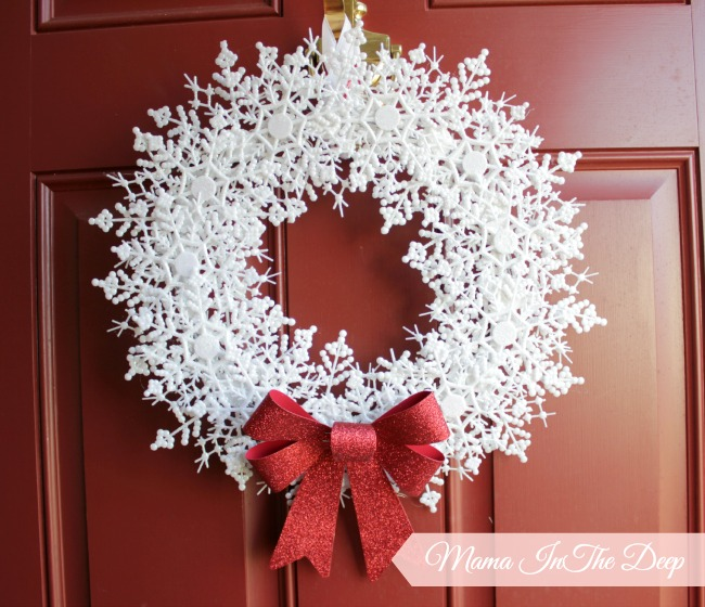 Dollar Store DIY : My Snowflake Wreath