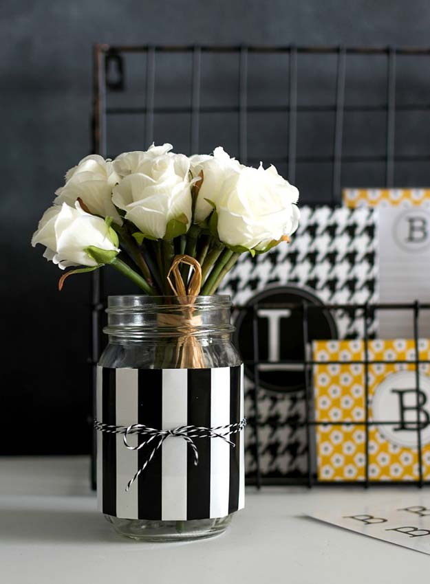 DIY Room Decor Ideas in Black and White - Mason Jar Desk Organizer - Creative Home Decor and Room Accessories - Cheap and Easy Projects and Crafts for Wall Art, Bedding, Pillows, Rugs and Lighting - Fun Ideas and Projects for Teens, Apartments, Adutls and Teenagers http://diyprojectsforteens.com/diy-decor-black-white
