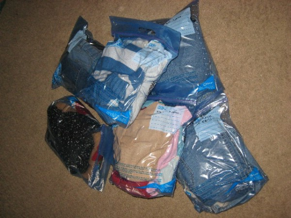 Large Ziploc Bags Work Great for Organizing - 150 Dollar Store Organizing Ideas and Projects for the Entire Home