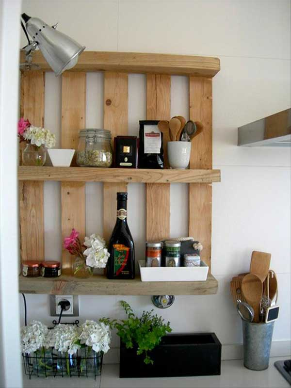 #25 VERTICAL STORAGE ENHANCING THE ROOM THROUGH TEXTURE