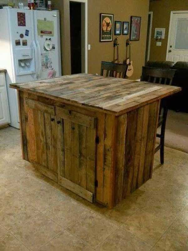#9 SIMPLE STORAGE ISLE WITH RUSTIC VIBE